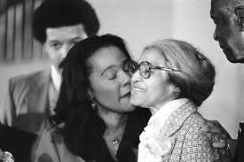 rosa parks academy of achievement 14 1980 rosa parks right is kissed by coretta scott king