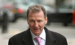 Bungling officials who oversaw West Coast rail fiasco deserve a pay ...