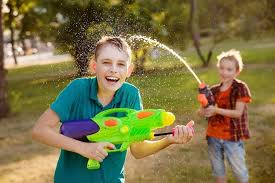 Opinion | <b>Water guns</b>, yay or nay? Ask Alyson | Toronto.com