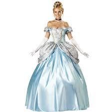 beautiful woman in princess costume ile ilgili görsel sonucu