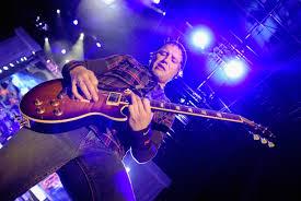 Matt Roberts, Original <b>3 Doors Down</b> Guitarist, Dead at 38 - Rolling ...