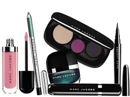 we 39 ll admit when it es to makeup it 39 s not just what 39 s inside