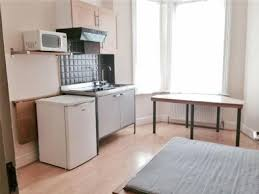 0 apartment in edgware for rent ample shower room