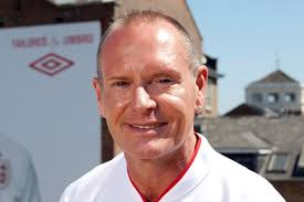New teeth: Former England footballer Paul Gascoigne. Football legend Paul Gascoigne has invested £35,000 in new gnashers. The former England hero is having ... - Former%2520England%2520footballer%2520Paul%2520Gascoigne-1416825