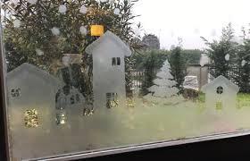 Decorazione Finestre Neve : Paesaggio invernale natalizio su finestra bricoliamo