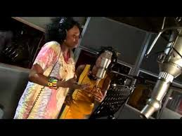 "<b>Herbie Hancock's</b> ""Imagine"", featuring Pink, Seal, India.Arie - YouTube"