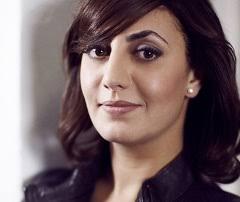 Presentatrice Lamia Abbassi stopt al na twee afleveringen met het nieuwe con- sumentenprogramma Volgende Vraag, omdat ze er niet goed bij past. - 1228_Lamia