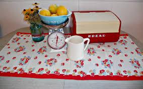 Red Retro Kitchen Accessories 18 Best Ideas About Vintage Kitchen Decor On Pinterest Vintage