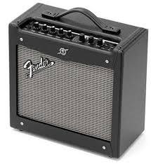 Обзор моделирующего комбика <b>Fender Mustang</b> 1
