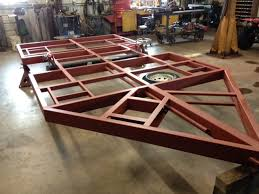 Hydraulic drop down wheel House Frames and Components  Fish House    JPG