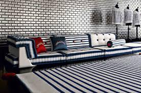 mah jong sofa