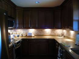find the right and great under cabinet lighting for your kitchen cabinet under lighting