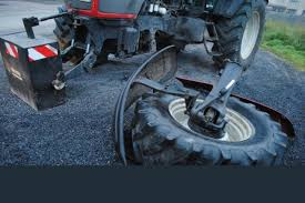 valtra neuf pas moyen de travailler - Page 4 Images?q=tbn:ANd9GcSvMcOygly7TOyF6i5Zdg1iS9syB9WE-yXCuM7mFe53sbpuufb_NQ