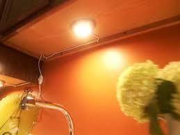 0131388_undercabinet lighting_s4x3 cabinet lighting diy