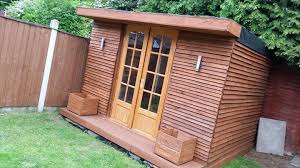 Tiny Pallet House or Cabin  DIY TutorialDIY summer Cabin made from Reclaimed Pallets