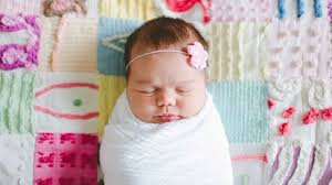 How to <b>Swaddle</b> a <b>Baby</b>: Instructions, Safety Tips and Benefits