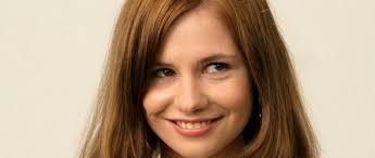 Josefine Preuß als <b>Lena Schneider</b> in Türkisch für Anfänger (c) ARD 2008 - tuerkisch-fuer-anfaenger-happy-30239_big