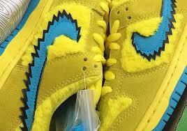 <b>Grateful Dead</b> Nike SB Dunk Low Yellow Bear | SneakerNews.com