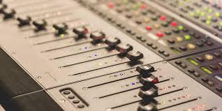 Piccolo Sala Registrazione : Studio registrazione scheda tecnica