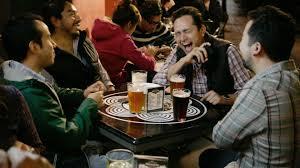 Resultado de imagen para Toma de cerveza en tiendas