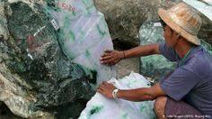 <b>Xinjiang hetian jade</b> Pixiu <b>natural</b> green jade Pixiu pendant plutus ...