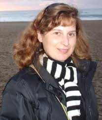 Ana Paula Santos was award with the PhD in Biology (2002) by FCUL. She was also a post-doc at John Innes Centre, U.K. - apsantos
