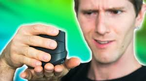 A $100 mouse you hold like THIS?? - <b>Logitech MX Vertical</b> Review ...