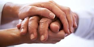 Držanje za ruku - Page 2 Images?q=tbn:ANd9GcSzhXo93XOz5CmhKos_cLmAIzx2-oGCwljLl5jHmN6hhO8SpAfc