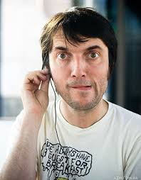 Colin Charles Greenwood (born 26 June 1969), is the bassist of Radiohead and elder brother of bandmate Jonny Greenwood. Apart from bass, Colin plays ... - tumblr_lj5xhwAnlo1qa1wxx