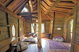 photo treehouse interior dining table