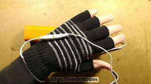 <b>USB</b> powered <b>heated gloves</b>. Test and disassembly. - YouTube