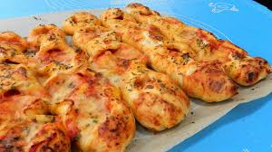 <b>PIZZA STICKS</b> Delicious! - YouTube