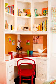 1000 ideas about small bedroom office on pinterest small bedrooms green kitchen paint and platform bed with drawers bedroom office desk