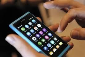 Resultado de imagem para uso de smartphones