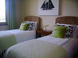 Bedroom For Two Twin Beds Guest Bedroom King Or Two Twin Beds Click To See Full Size