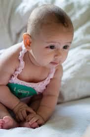 Resultado de imagen de bebes sentados