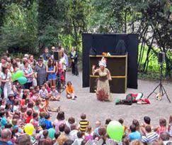 """Asturias con niños a dónde vamos hoy? al """"Erase una vez..."""" una Semana Santa de cuento en el Botánico"""
