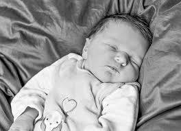 <b>Anna Beck</b>. geboren am 10.05.2014 um 01:52 Uhr. Gewicht: 4.160 g - 2014_05_10_Beck_Anna_13_sw_Galerie