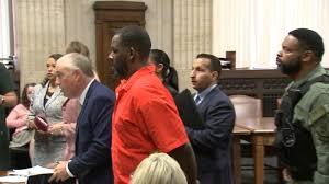 Judge denies bid to raise R. Kelly