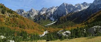 Fotografi te ndryshme nga Natyra e bukur Shqiptare... Images?q=tbn:ANd9GcT1ia33Hv5QwVoMTf0XG7DzFxkjYNzlxW3U1v5IJFX33Q4K6p_-