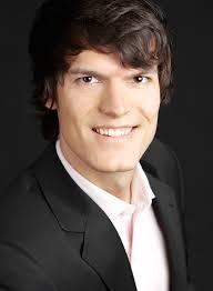 Christian Vollman, jefe y fundador de eDarling y Maria Martin Larrea, Country Manager de eDarling España, una de las páginas web más conocidas para ... - 17563-66_1