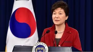 كوريا الجنوبية  - عزل الرئيسة باك جون هاي من منصبها بتهمة الفساد