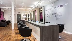 Popular hair-care <b>brand</b> treats Plano to first '<b>color</b> bar' in Texas ...