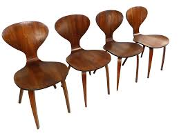 set of 4 molded plywood dining chairs norman cherner mid century modern cherner furniture