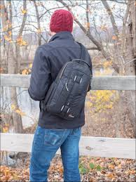 <b>Lowepro Slingshot Edge 150</b> AW Review - Less Gear || More Photos