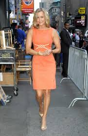 elliott s the last gma anchor for abc to bring in ny daily news lara spencer is said to have reached a 2 million per year deal to