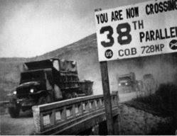 「1950年 - 朝鮮戦争: 国連軍が38度線を突破」の画像検索結果