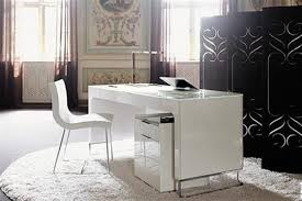 keeping the home chic white home