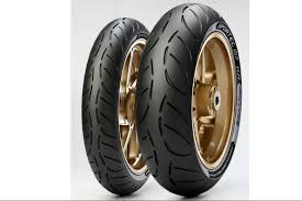 Tested: <b>Metzeler Racetec RR</b> tyres : By Kane Dalton   Visordown