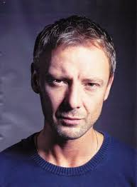 What is the height of John Simm?